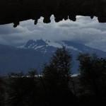 As cavernas despertam o fascínio dos visitantes interessados em conhecer a história do sítio arqueológico de Cerro Benitez (Foto: Eduardo Oliveira)