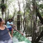 A beleza das praias de Alter se associa ao lendário Lago Verde, também conhecido como Floresta Encantada. O lago, que fica cercado por uma mata de igapó, possui 14 nascentes em 10 seus quilômetros de extensão (Foto: Tamara Saré/ Agência Pará)