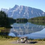Vales, montanhas, geleiras, florestas, prados e rios se harmonizam por ali (Foto: Banff/Divulgação)