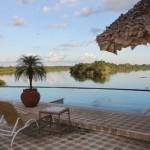 Opção de hospedagem: em plena selva amazônia, no estado de Rondônia, está o Pakaas Palafitas Lodge, hotel de selva encravado na região do encontro dos rios Mamoré e Pacaás Novos; no total, o ecolodge conta com 28 cabanas com varandas privativas (Foto: Divulgação)