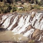 Salto Manduri: tem 32 metros de altura e é conhecido por lá como Salto Rickli, já que está localizado em uma propriedade particular chamada Recanto Rickli. Bom para banho (Foto: Prefeitura de Prudentópolis)