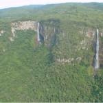 Salto Barra Grande e Fazenda Velha (Saltos Gêmeos): enquanto o Salto Barra Grande possui 130 metros, o Fazenda Velha tem cerca de 100 metros de altura (Foto: Prefeitura de Prudentópolis)