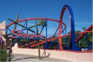 Montanha russa bem legal também é essa aí: Scorpion. Não é tão pesada como outras do parque, mas não deixa forte, já que tem quedas impactantes e um looping em 360 graus (Foto: Divulgação/Busch Gardens)