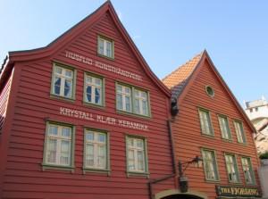 A típica e charmosa arquitetura escandinava está presente no espaço dedicado à Noruega (Foto: Eduardo Oliveira)