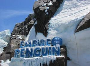Outra atração bem legal por lá é o Antarctica - Empire of the Penguin, onde você escolhe se vai pelo caminho suave ou selvagem rumo ao encontro com os pinguins (Foto: Eduardo Oliveira)