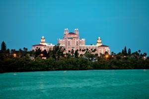 St. Pete fascina pelos mais de 50 quilômetros de praias, entre elas a praia que leva o nome da cidade - St Pete Beach - que reúne muitos hotéis luxuosos na sua orla (Foto: Visit St. Pete/Clearwater)