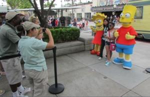 Logo na entrada do parque, olha só quem encontramos! (Foto: Eduardo Oliveira)