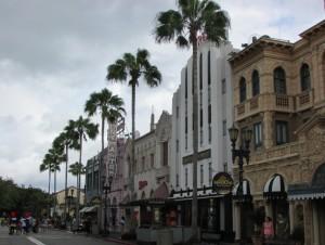 Os cenários do Universal têm ligação com vários filmes hollywoodianos, já que o parque homenageia o cinema (Foto: Eduardo Oliveira)